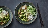 Green vegetable ramen