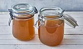 Classic vegetable broth in flip-top jars