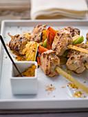 Pork fillet kebabs with peppers