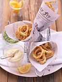 Fried calamari with mayonnaise