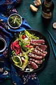 Thunfisch Tataki mit Salat