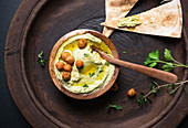 Herb hummus with Arabic flatbread