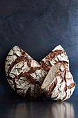 Round house bread (mixed rye bread)