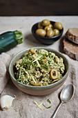 Zucchini-Oliven-Aufstrich
