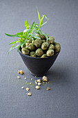 Roasted tarragon macadamia nuts
