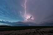 Supercell thunderstorm and lightning, Kansas, USA