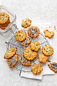 Cheese biscuits with dried tomatoes