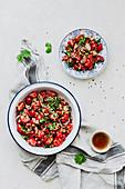 Tomaten-Koriander-Salat
