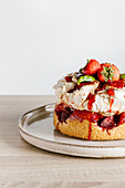 Slrawberry and basil meringue cake