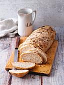 Crispy spelt bread with herbs