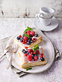 Alpine cake slices with fresh berries