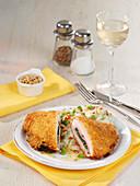 Spinat-Cordon-bleu mit Kokos-Kartoffel-Stampf