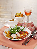 Honey-mustard chicken with bacon and green beans