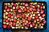 Oven-roasted rhubarb and strawberry compote