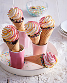 Stuffed cones with meringue