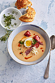 Easter horseradish soup with sausage