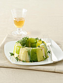 Mashed potatoes ring with leek