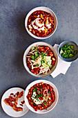 Tomaten-Paprika-Eintopf mit Bohnen und Bacon