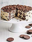 Oreo and baileys fridge cake