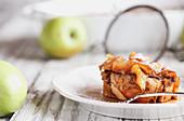 French Toast-Auflauf mit Äpfeln Ahornsirup
