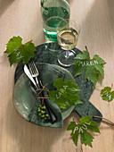 Weinblätter als Tischdeko