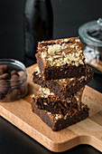 Dark chocolate and almond brownies