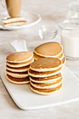 Vanilla pancakes with milk