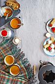 Winterpicknick mit Butterrum-Punsch, Süsskartoffel-Paprika-Suppe und Schokoladenfondue mit Brandy