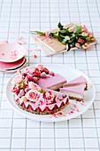 Vegan raw strawberry and cream 'cheesecake'