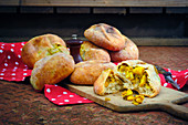 Curry stuffed bread rolls