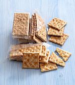 Various crackers