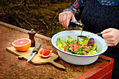 Pink Grapefruit Rocket Salad
