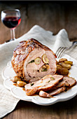 Arrosto di cinta senese ai marroni (roast pork with garlic and chestnuts, Italy)