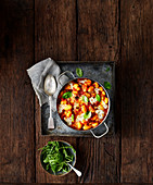 Überbackene Gnocchi mit Chorizo und Mozzarella