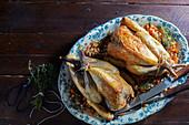 Geschmorte Perlhühner mit Steinpiz-Pancetta-Füllung