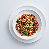 Perciatelli alla catanese (pasta with aubergine and olives, Italy)