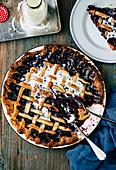 Blackberry pie with cream