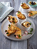 Puff pastry cornets with ham whip