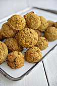 Baked falafel with sun-dried tomatoes