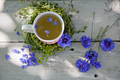 Metabolic tea with cornflowers