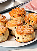 Scones with chocolate drops