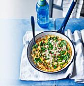 Omelett mit Krebsfleisch und Spargel