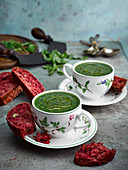 Nettle soup with beetroot and walnuts bread