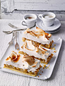 Gooseberry meringue cake from North Rhine-Westphalia