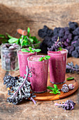 Kale blackberry smothies