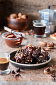 Brownie with caramel and pecan
