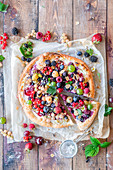 Berry sweet pizza