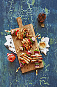 Grilled sausage kebabs with peppers (football evening)