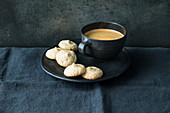 Glutenfreie Amaretti zum Kaffee