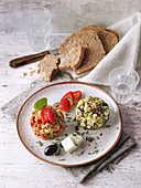 Grainy salads with quinoa and green spelt